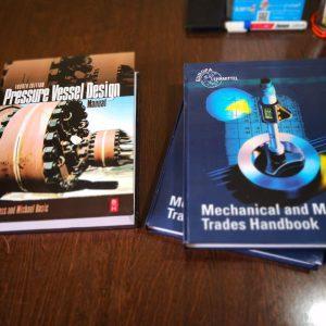 چاپ کتاب خارجی ، صحافی و ارسال کتاب با بهترین کیفیت