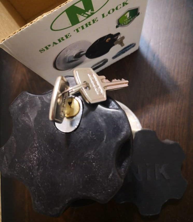 نصب قفل زاپاس پژو 206 و 207 صندوقدار-405-پارس-سمند-رانا-دنا در محل